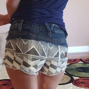 Roxy sun toucher shorts